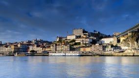 Sikt av den Porto staden i Portugal Arkivbild