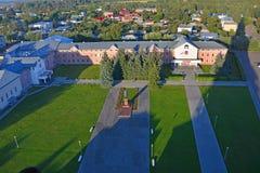 Sikt av den röda fyrkanten från Belltower av Eufrosinia Suzdalskaya i Suzdal, Ryssland Arkivbild