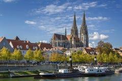 Sikt av den Regensburg domkyrkan, Tyskland Royaltyfri Foto