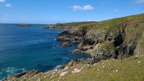 Sikt av den södra västra Wales kustlinjen från St Davids, Pembrokeshire Arkivfoto
