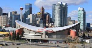Sikt av den Saddledome arenan i Calgary, Kanada 4K arkivfilmer