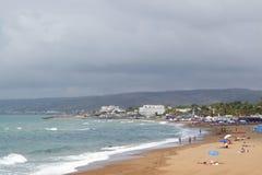 Sikt av den Santa Severa stranden i Spiaggia för solig dag di Santa Severa Royaltyfria Foton