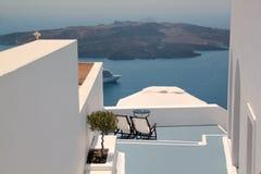 Sikt av den Santorini ön med vulkan Royaltyfria Bilder