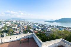 Sikt av den Songkha staden, Thailand fotografering för bildbyråer