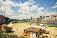 Sikt av den stads- stranden i florence, Italien Arkivbild
