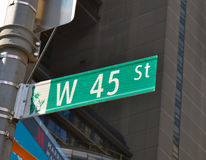 Sikt av den 45th gatan Royaltyfri Bild