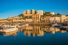 Sikt av den Torquay hamnen, södra Devon, UK Arkivfoto