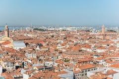 Sikt av den Venetian ön från över Arkivbild