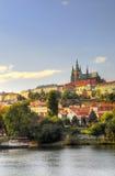 Sikt av den Vltava floden Royaltyfri Foto