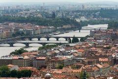 Sikt av den Vltava floden och den Prague staden Royaltyfria Bilder