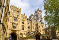 Sikt av den Westminster abbotskloster i London Royaltyfria Foton