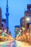 Sikt av det Asakusa området i Tokyo, Japan Arkivfoto