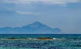 Sikt av det Athos berget Arkivfoto