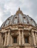 Sikt av det härliga helgonet Peter Dome arkivfoto
