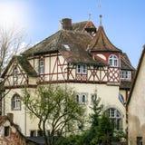 Sikt av det medeltida huset Royaltyfria Bilder