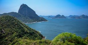 Sikt av det Sugarloaf berget från Forte- Duque de Caxias, Rio de Janeiro, Brasilien arkivbild