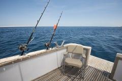 Sikt av det tropiska havet från fiskebåten Arkivbild