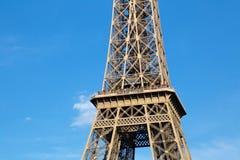 Sikt av detaljen av Eiffeltorn i Paris france Royaltyfri Bild