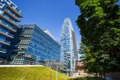 Sikt av Diamante Diamond Tower och Samsung byggnad inom område för `-Porta Nuova ` i Milan, nära Garibaldi drevstation, Italien Royaltyfri Foto