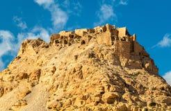 Sikt av Doiret, enlokaliserad berberby i södra Tunisien Arkivbilder