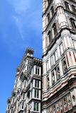 Sikt av domkyrkan Santa Maria del Fiore i Florence Arkivfoto