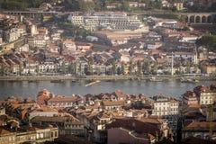 Sikt av Douro i Oporto Royaltyfria Bilder