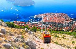 Sikt av Dubrovnik från observationsplattformen av kabelbilen Royaltyfria Foton