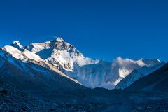 Sikt av eftermiddagen för Mt. Chomolangma Arkivfoton