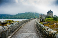 Sikt av Eilean Donan Castle, Skottland Royaltyfria Foton