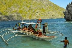 Sikt av El Nido Det är en 1st gruppkommun i landskapet av Palawan, Filippinerna royaltyfri foto