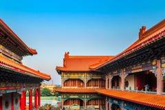 Sikt av en kinesisk tempel Arkivbild