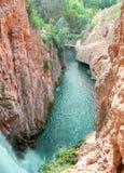 Sikt av en majestätisk kanjon royaltyfri bild