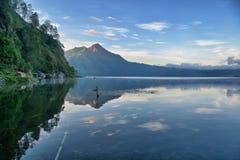 Sikt av en sjö i Bali Royaltyfri Foto