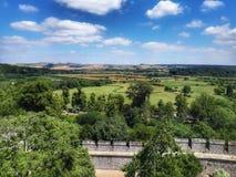 Sikt av fälten från den Arundel slotten arkivbilder