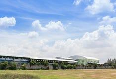 Sikt av fabriken Royaltyfri Foto