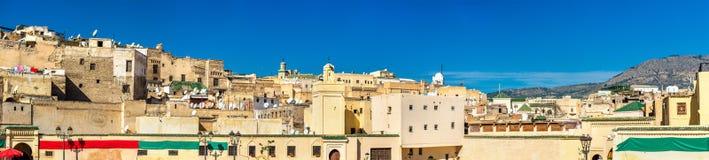 Sikt av Fes Medina från den Rcif fyrkanten, Marocko royaltyfria bilder