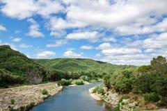 Sikt av floden Gardon Fotografering för Bildbyråer