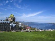 Sikt av gamla Quebec och chateauen Frontenac, Kanada Royaltyfri Fotografi