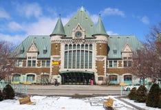 Sikt av Gare du Palais, Quebec central drevstation I 1915 och öppnas en arvjärnvägsstation Royaltyfria Foton