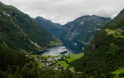 Sikt av Geiranger, Norge Royaltyfri Bild