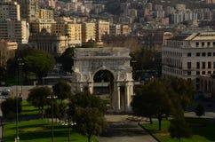Sikt av Genoa Victory Arch - Genoa Landmarks royaltyfri fotografi