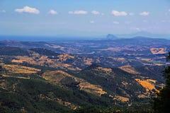 Sikt av Gibraltar från inland Arkivfoto