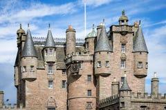 Sikt av Glamis slottdetaljer, Skottland Royaltyfria Bilder
