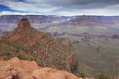 Sikt av grandet Canyon från cederträ Ridge arkivfoto