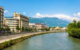 Sikt av Grenoble över floden Isere Royaltyfria Foton