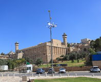 Sikt av grottan av patriarkerna i Hebron Arkivfoto