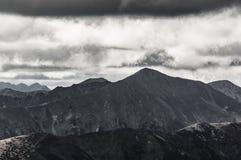 Sikt av höga Tatra Arkivbild