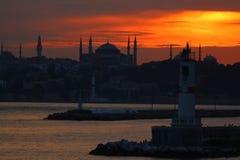 Sikt av Hagia Sophia ?ver havet arkivfoto