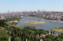 Sikt av Halic, Istanbul. Arkivbilder
