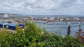 Sikt av hamnen Arkivbild